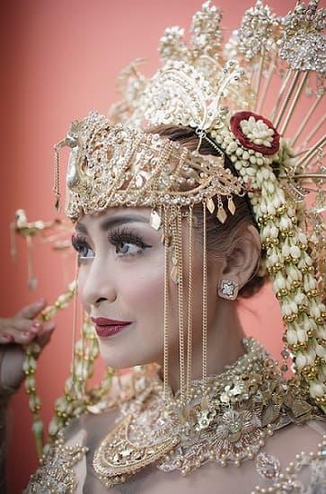Make up Pernikahan Adat Betawi